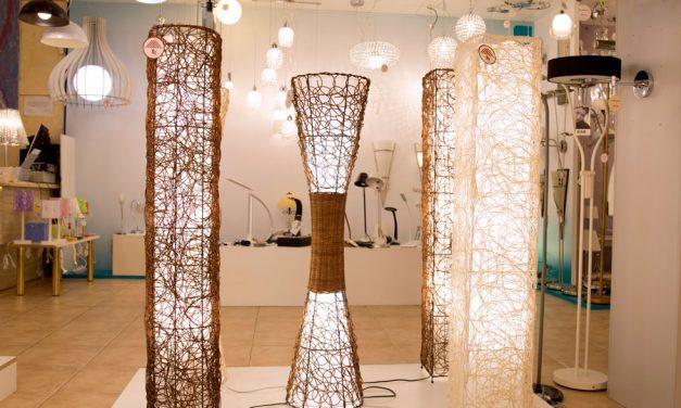 Ventajas de las lámparas de pie: descubre nuestros modelos de mimbre